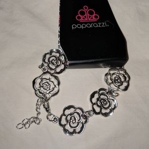 Rose Necklace and Bracelet. Pink earrings.